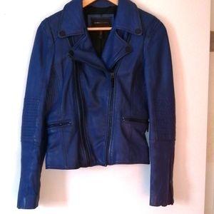 BCBG MAX AZRIA Blue leather perfecto size small